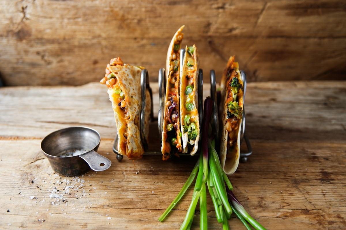 Spicy Cowpea Hummus and Spicy Cowpea Quesadillas_4